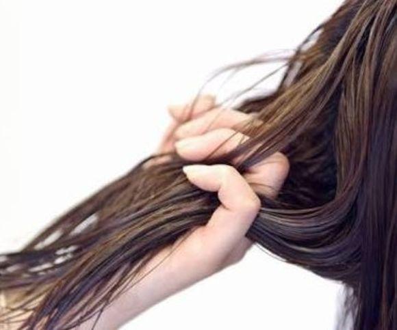 髪の毛の赤みが気になる方へオススメ!赤みを消し、ツヤのある美しい髪になるカラー!その名もイルミナカラーの『フォレスト』