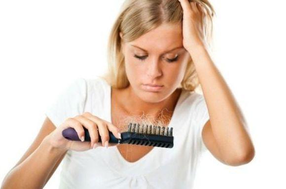 気になるエイジングケアとは?抜け毛予防・ハリコシを出す方法とは?