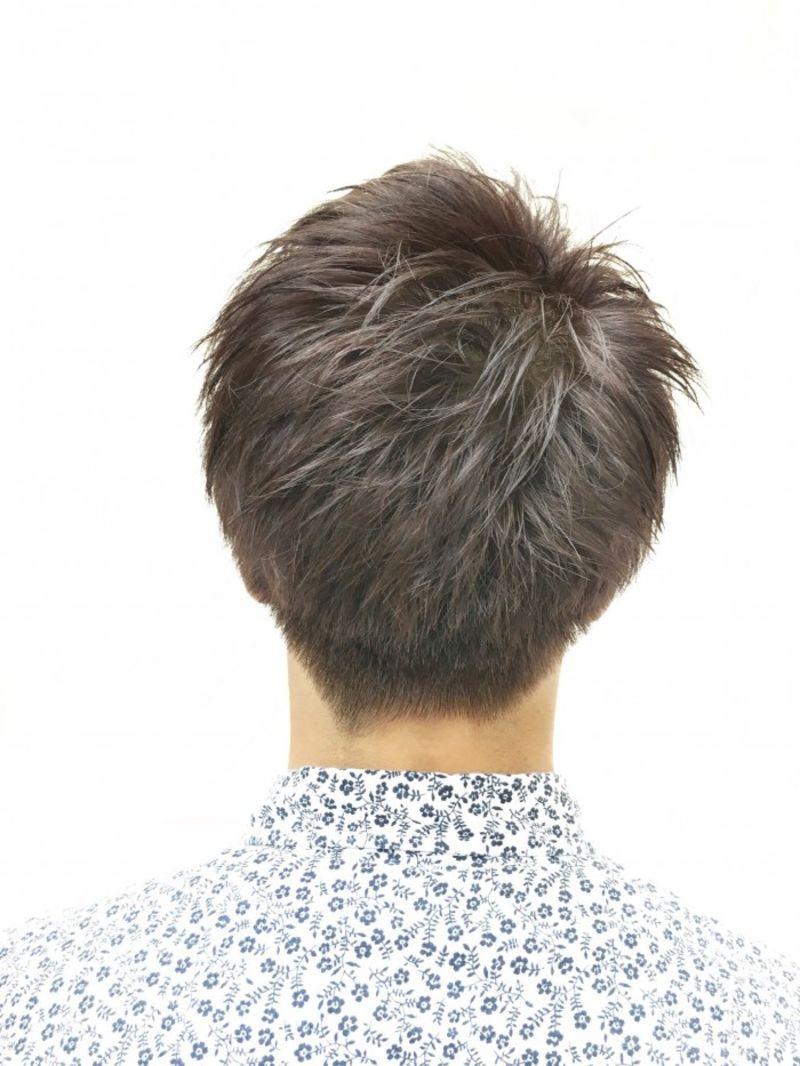 ブリーチ後に出来る透明感ある暗髪