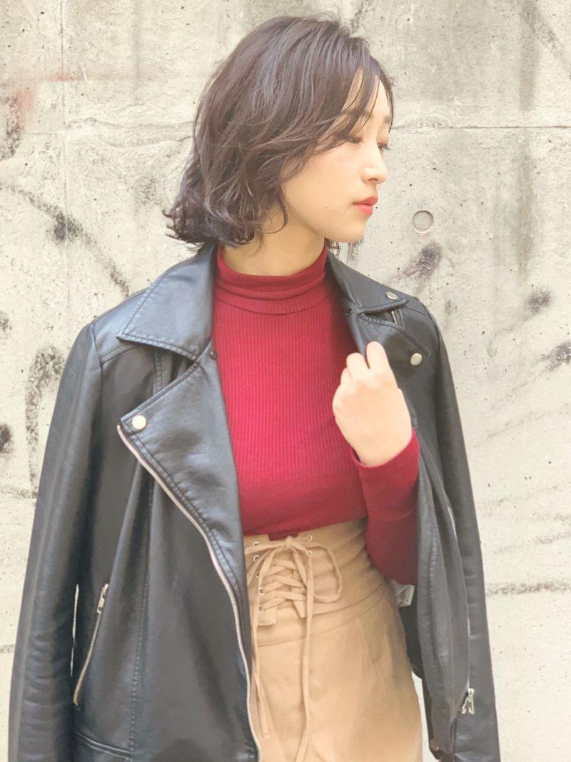 女子ウケ抜群な外ハネベースのミックスロブスタイル③