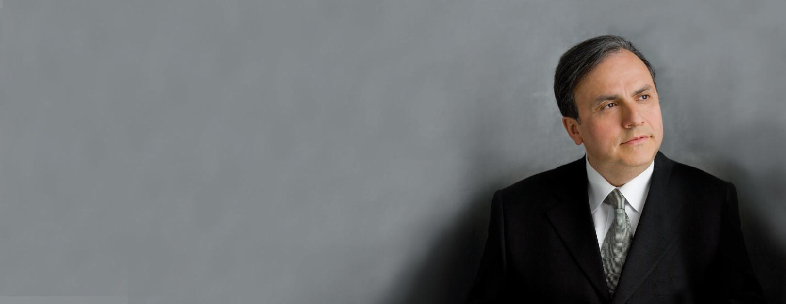 Bronfman Performs Liszt