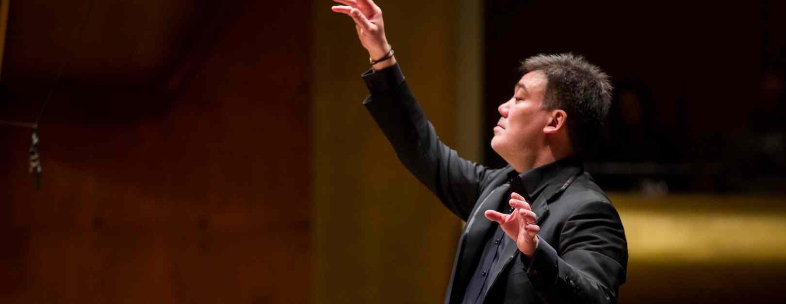 Gilbert Conducts Wagner's Das Rheingold