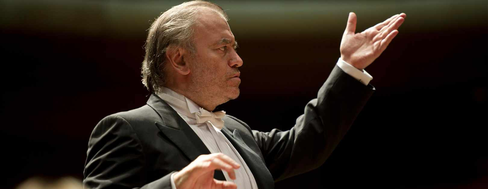 Gergiev Conducts Rachmaninoff and Stravinsky
