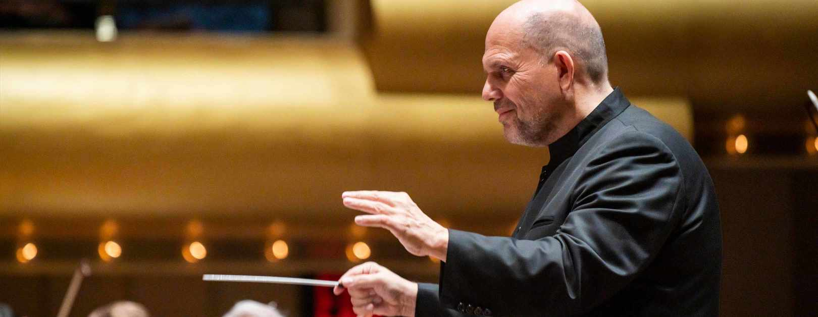 Jaap van Zweden Conducts Brahms First Symphony