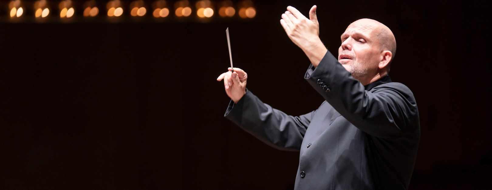 Jaap van Zweden Conducts Mahler