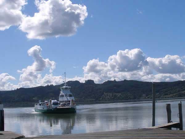 Hokianga Vehicle Ferry