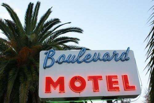 Boulevard Motel & Restaurant