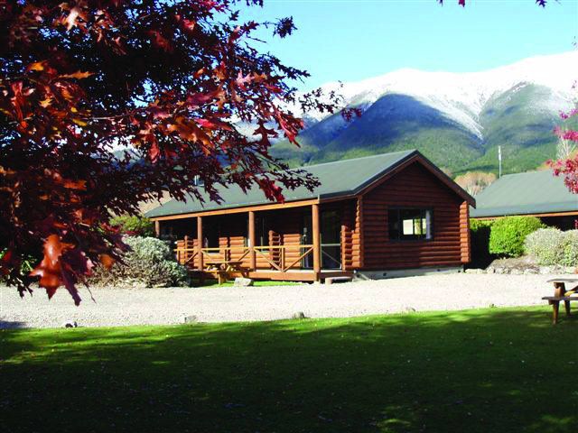 Nelson Lakes Motels & Travers-Sabine Lodge