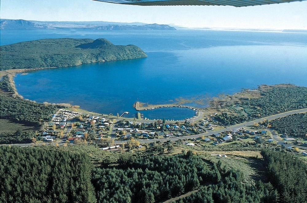 Motuoapa Bay Motels