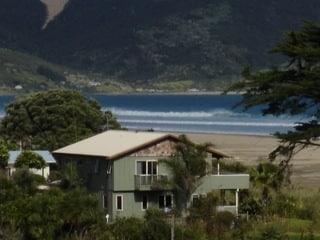 Beach Abode Beachfront Lodge