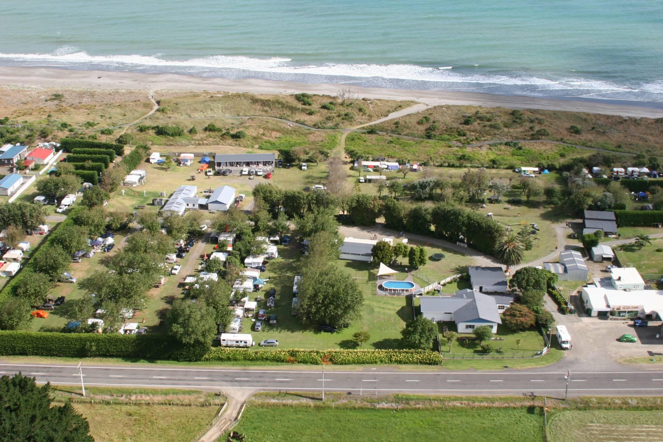 Tirohanga Beach Motor Camp