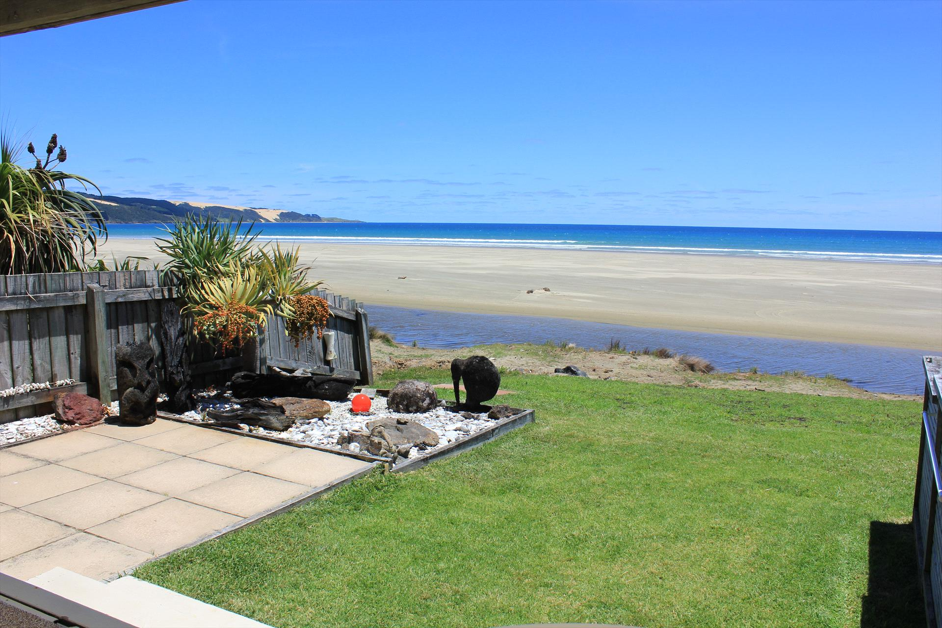Ahipara Tides Beachfront Accommodation