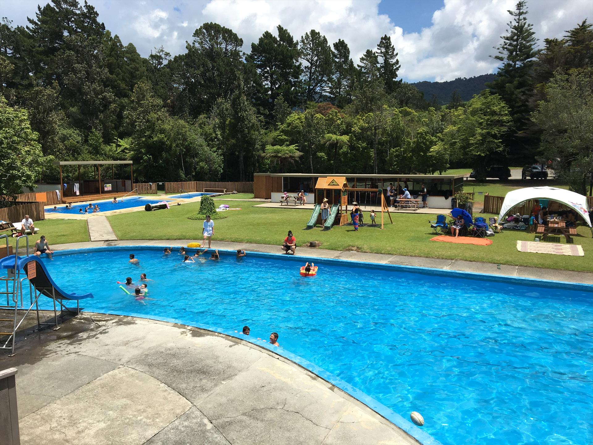 Sapphire Springs Holiday Park & Thermal Pools