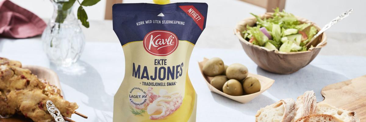 Kavli Ekte Majones passer ypperlig i aioli. Vår variant serveres gjerne sammen med en sunn salat og ferskt brød.