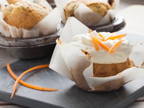 Gulrotmuffins og glasur med Kavli HvitOst/GulOst