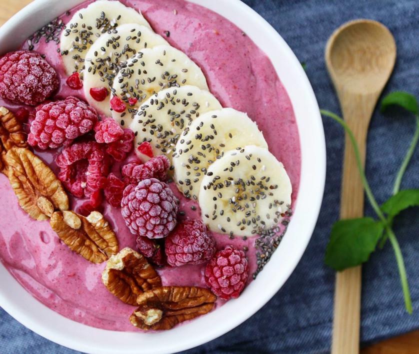 Bilde av Bringebærsmoothie med Q Gresk yoghurt