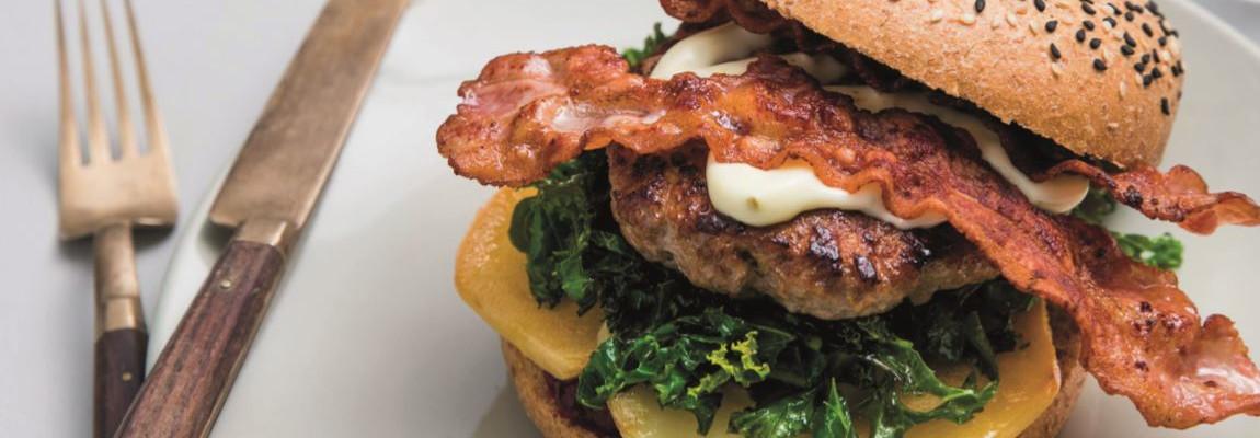 Lammeburger med Kavli Smaksrik Jalapeño-ost