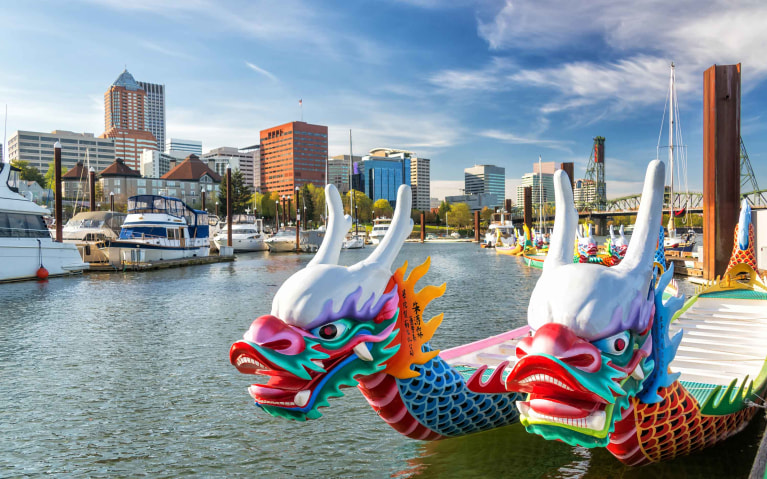 oag-living-in-portland-nature-sheet-dragon-boats-on-the-willamette-river