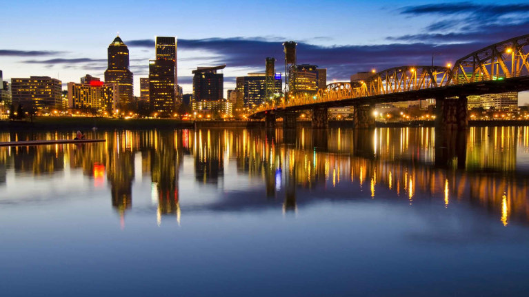 downtown-portland-at-night-with-willamette-river