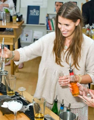Private Cocktail Masterclass by TT Liquor - drinks-and-tastings in London