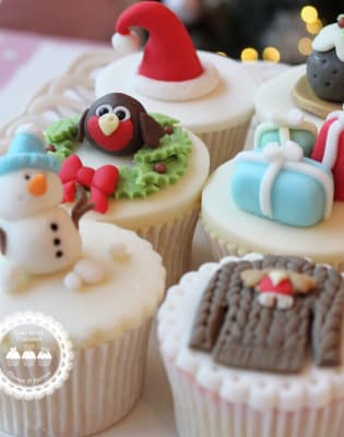 Christmas Miniatures Cupcake Class by Lady Berry Cupcakes - food in London