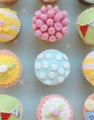 Shabby Chic Cupcakes by Lady Berry Cupcakes - food in London