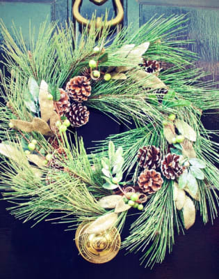 Christmas Wreath Making by Blossom House - crafts in London