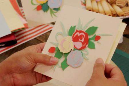 Paper cutting art class - Obby