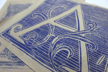 In this introduction to printmaking workshop in London you will learn lino printing and drypoint techniques.