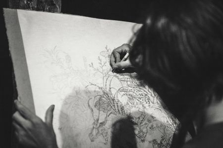 Learn the fundamentals of Drawing with Sketchout London at the Victoria and Albert museum, passionate painters, who want to learn the fundamentals of drawing in one of the greatest institutions of London