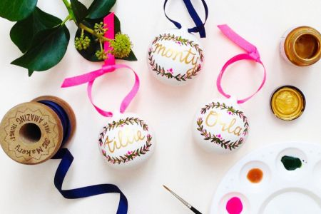 Hand painting Christmas baubles workshop just in time for Christmas, the perfect DIY Christmas present.