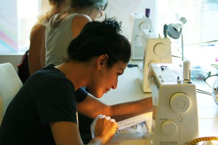 Learn how to sew in this one day intensive sewing course in East London with one of the best sewing schools of London