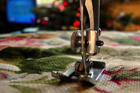 Christmas sewing class that allows you to make christmas stockings and an advent calander