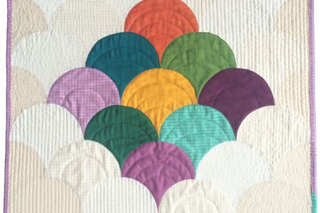 Learn how to create a beautifully crafted clamshell quilt in this fun and hands-on class with expert sewer Jenny Haynes.