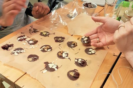 Get creative with this hands-on and experimental chocolate class. Channel your inner chocolatier and discover  the fantastic ways to make this delicious treat!