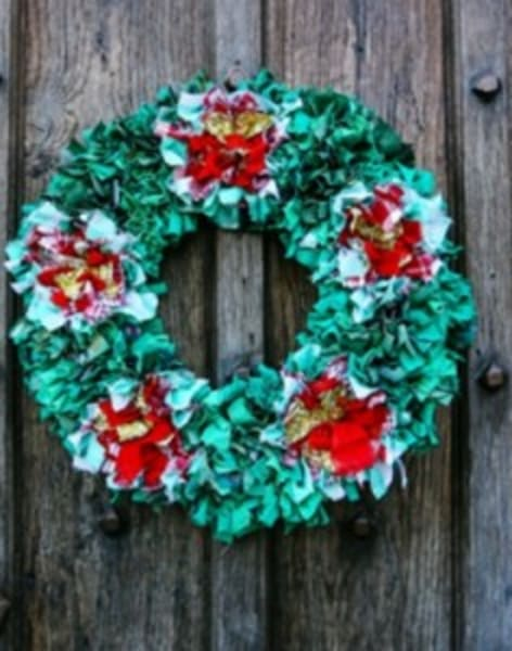 Rag rugging Christmas Wreath by Tea & Crafting - crafts in London