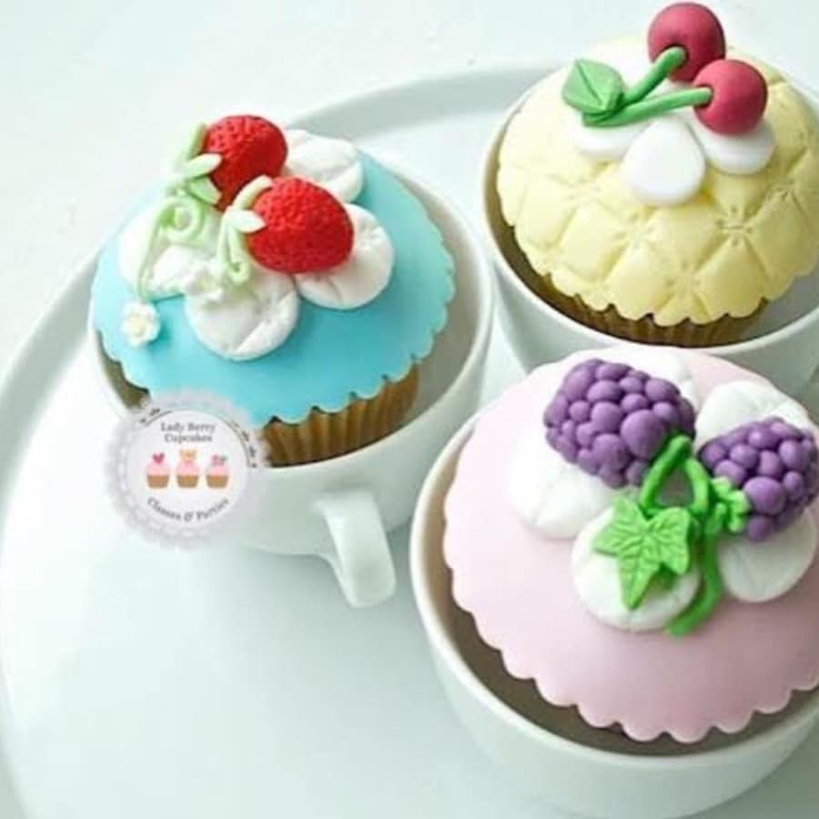 """Cath Kidston"" Inspired Cupcake Class by Lady Berry Cupcakes - food in London"