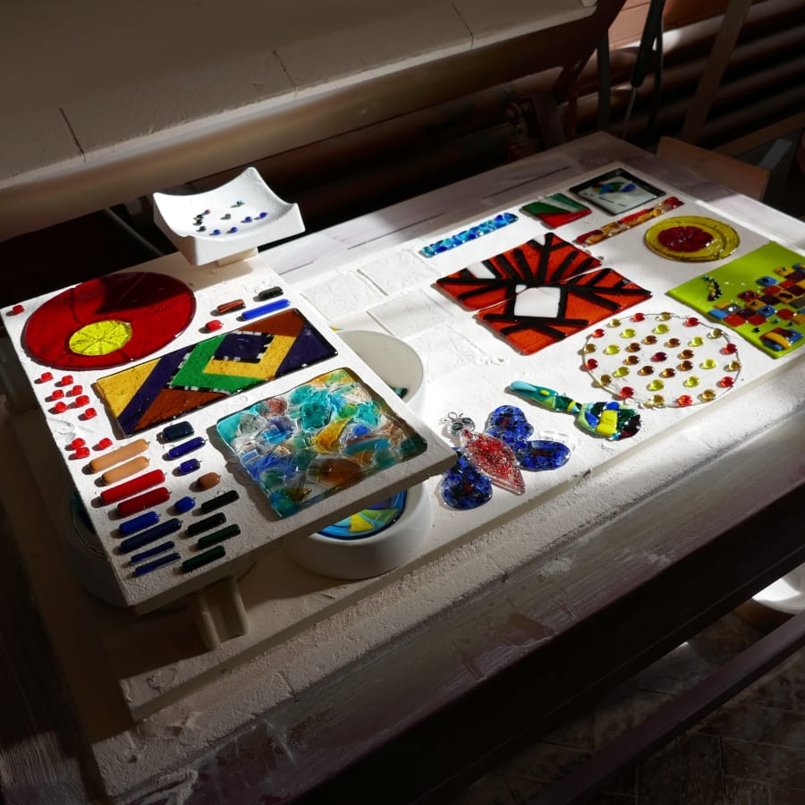 Kiln Formed Glass for Beginners and Improvers by Brett Manley Glass - crafts in London
