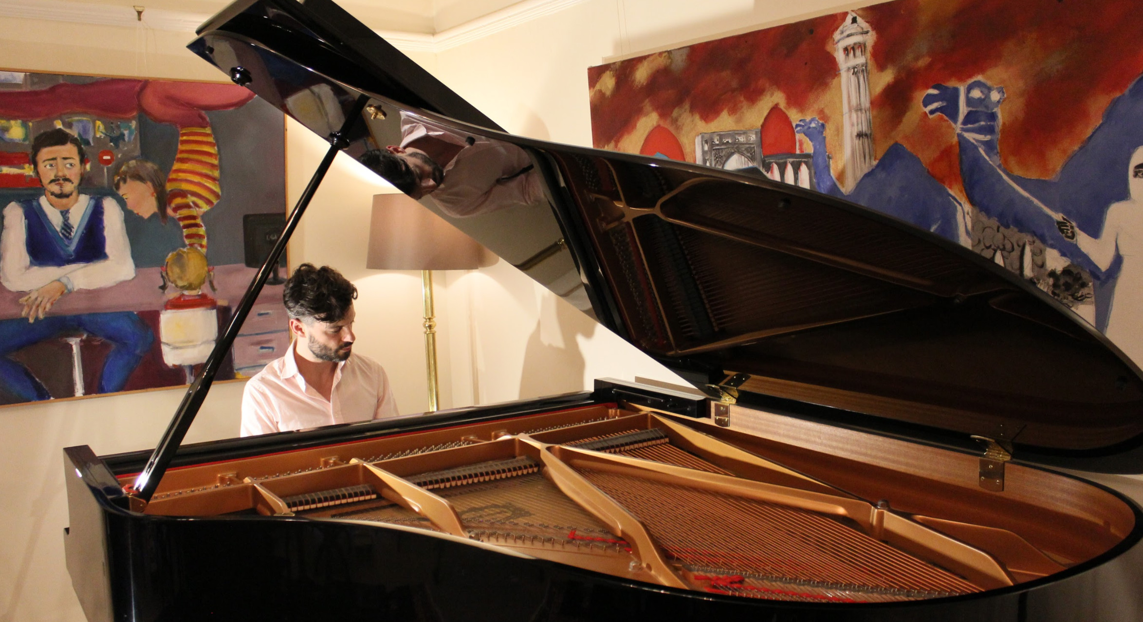 Piano lessons London for Beginners at WKMT by Piano lessons London by WKMT - music in London