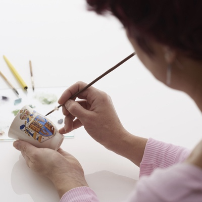 Fine Porcelain Painting Workshop by Erika Albrecht Ceramics - art in London