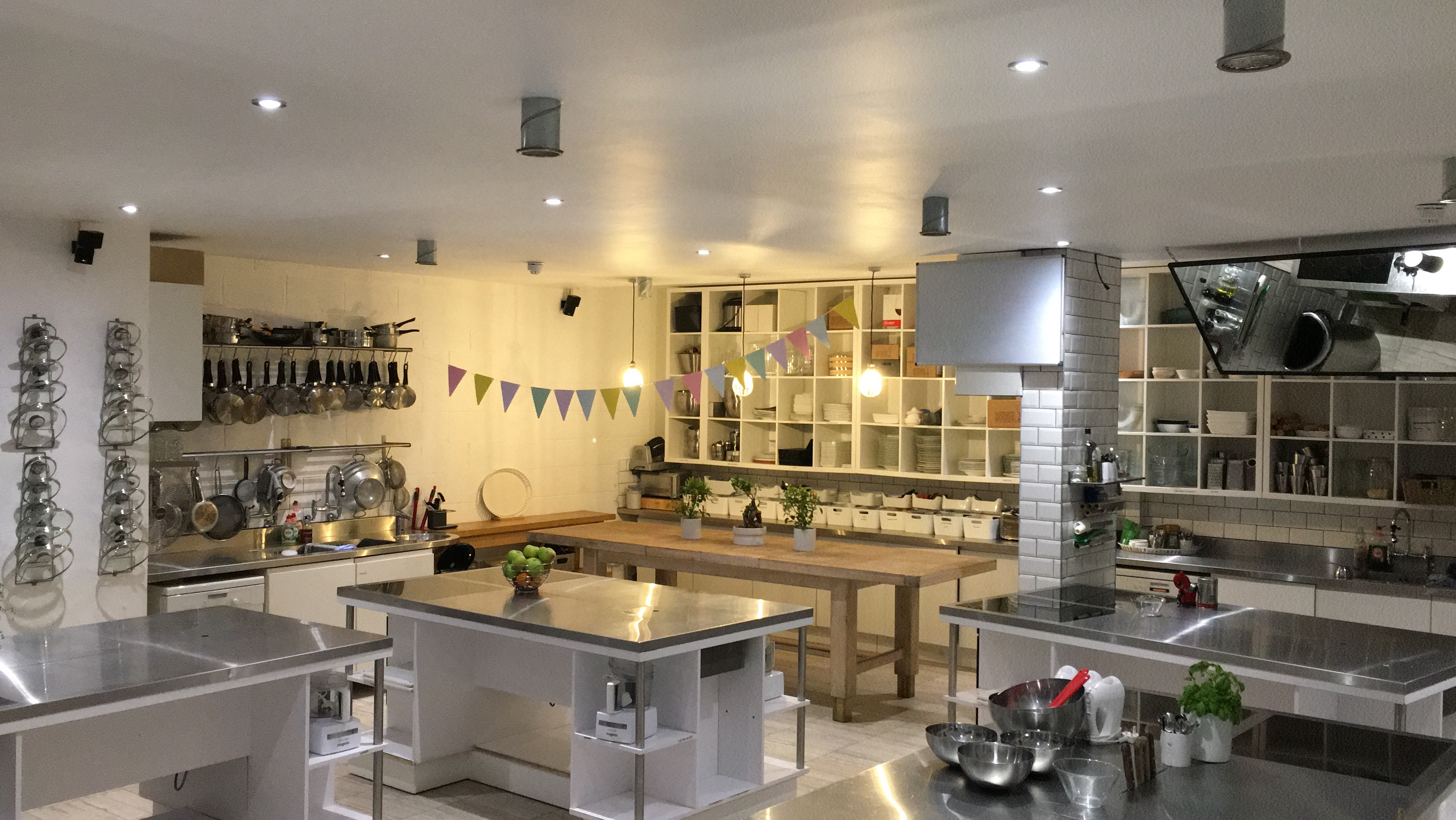 Italian Class in The City by The Avenue Cookery School - food in London