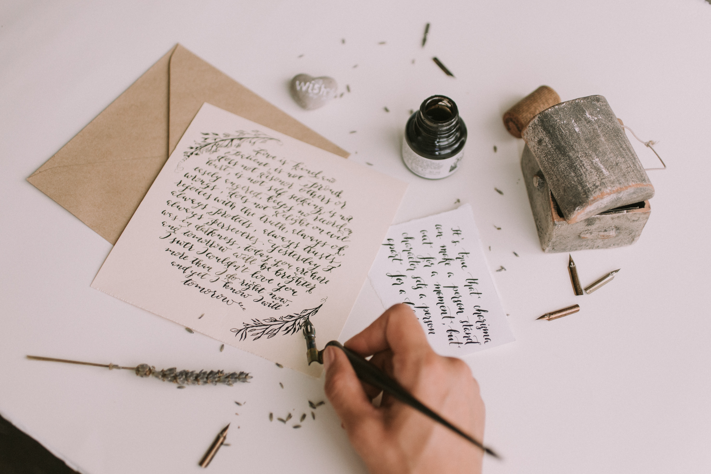 Foundational Calligraphy Workshop for Beginners by Amalia Calligraphy - art in London