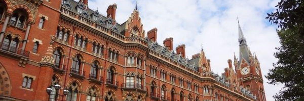 Writing Retreat London by Tony Lawton and London Arts Tube