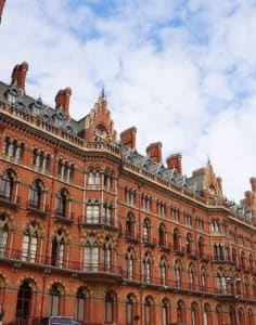 Writing Retreat London by Tony Lawton and London Arts Tube art classes in London