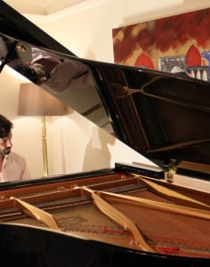 Piano lessons London by WKMT music classes in London