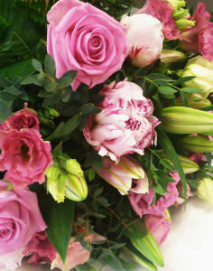 Meade's Florist crafts classes in London