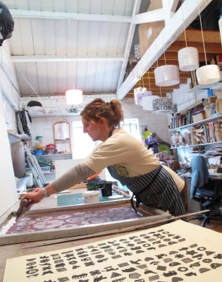 Beginners level - Screen Printing on to Fabric by Helen Rawlinson Design - art in London