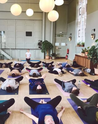 Modern Meditation for Beginners by Loup Yoga - mindfulness-and-wellbeing in London