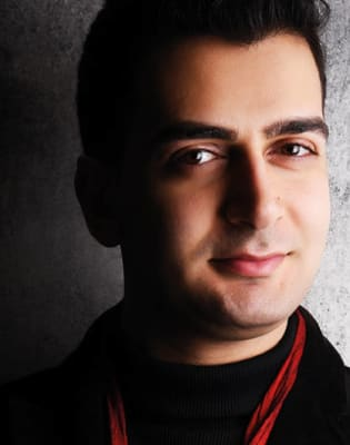 Intermediate Piano Lessons with Riyad Nicolas by Riyad Nicolas - music in London