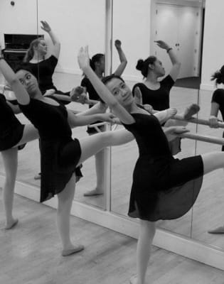 Open Ballet for Adults by Portobello Dance - dance in London